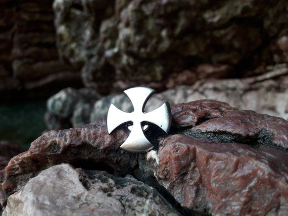 Templar Cross Pin badge for Hat,symbol of Templar knights,Soldiers of Christ bad...