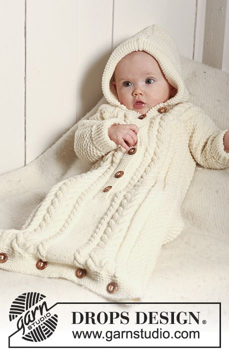 Knitted sleeping bag with embroidered sleeves in pear pattern, textured pattern and ...