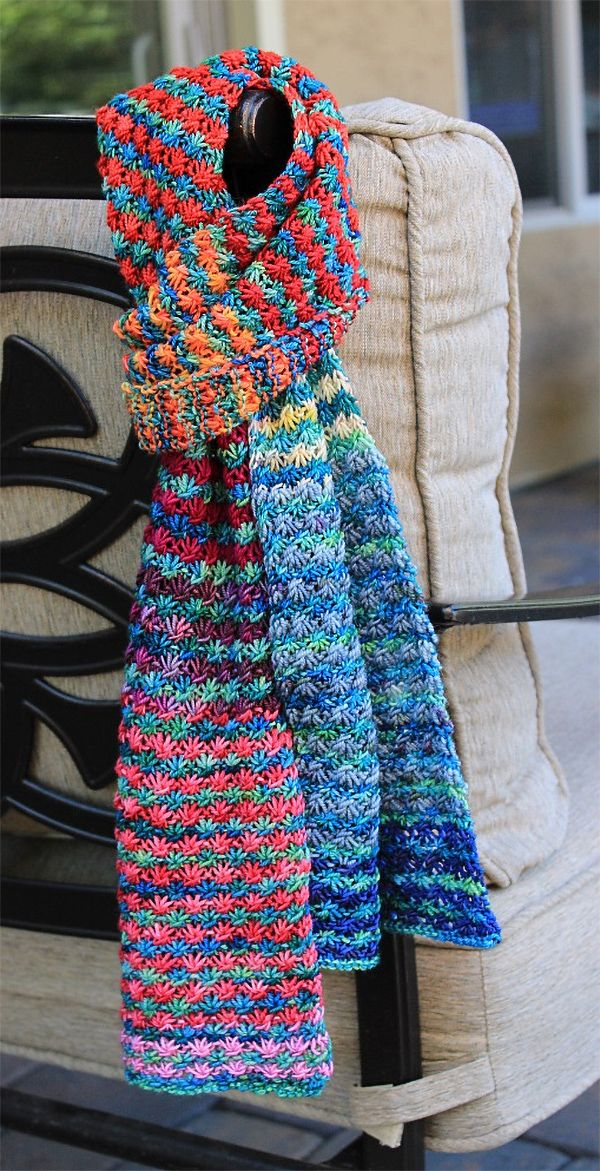 Free Knitting Pattern for 4 Row Repeat Posie Rows Scarf - Alternate colors of mu...