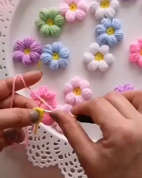 CROCHET BEAUTIFUL PASTEL COLOR PUFF FLOWERS