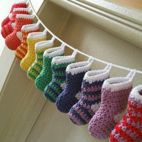 How to Crochet a Mini Stocking Advent #advent #one #hakelt #stocking