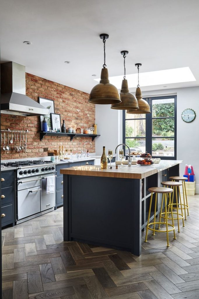 This Victorian home is fitting for the festive season – a double-fronted gem t...