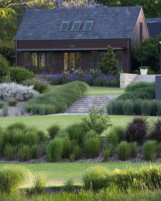 The Mann Residence Award Winning Garden created by LNA Member @naturesvisionland...