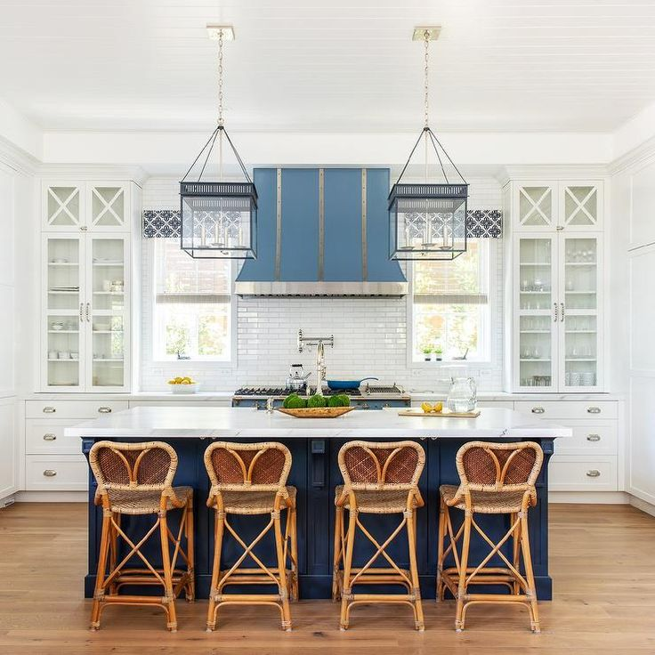 The Prettiest Blue & White Kitchens 8.jpg The Prettiest Blue & White Kitchens on...