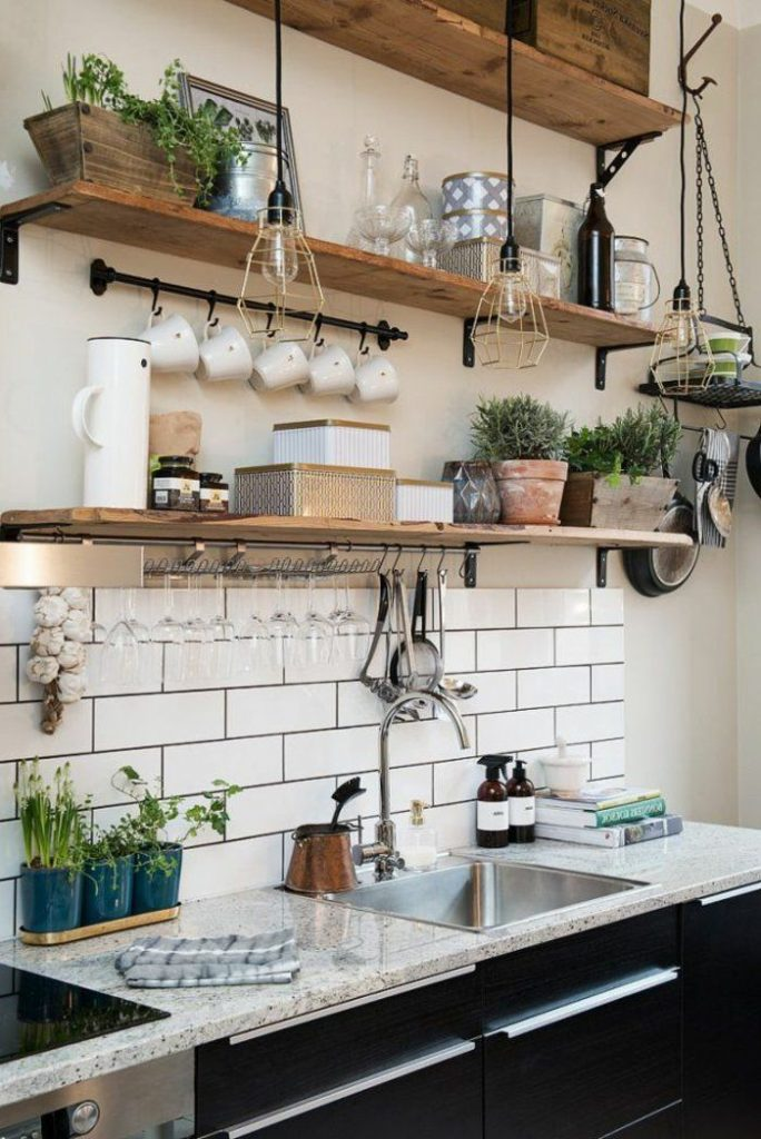Kitchen tiles bring the interior to life