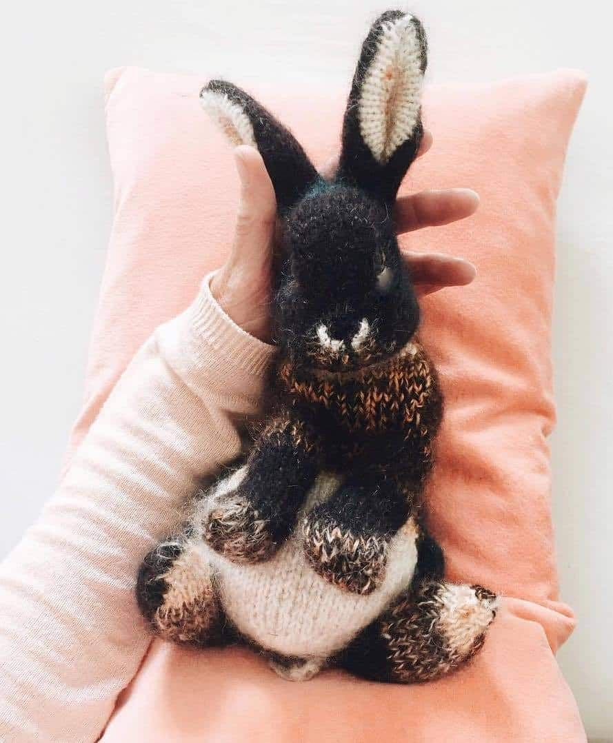 How to knit a bunny rabbit - free pattern and step by step tutorial
