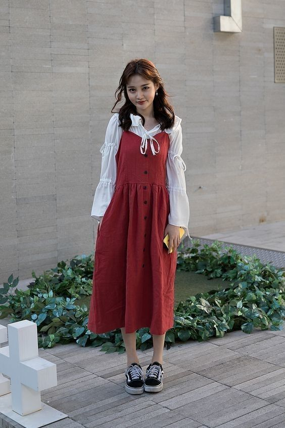 Coordinate two-string camisole skirt with gaudy shrugged jacket