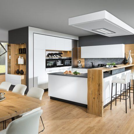 Design living kitchen with bar and bar stool | P.MAX Massmöbel - Tischlerqualität au ...
