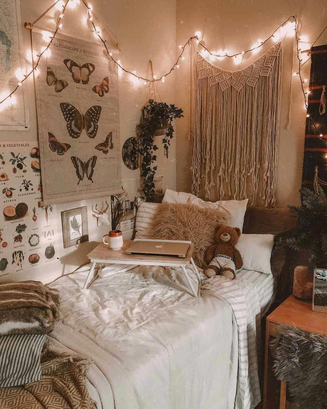 Dorm room ideas and layouts that are mind meltingly good! Decor inspo for colleg...