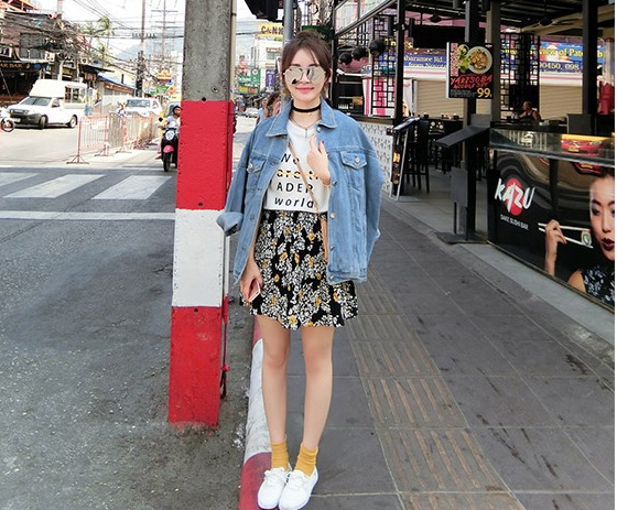 Korean version of the loose thin denim jacket female