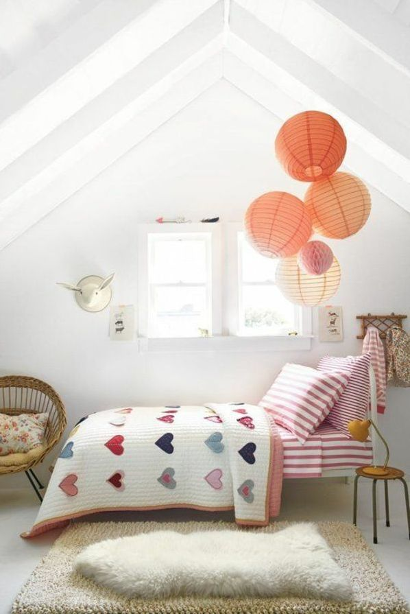7 Clever Attic Kids Room Decorating Ideas